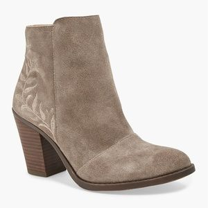 LUCKY BRAND Tan Suede Leather Ankle Booties